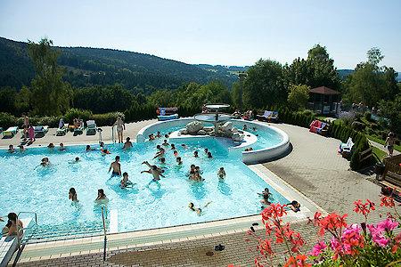 Badespaß mit der ganzen Familie in Waldkirchen